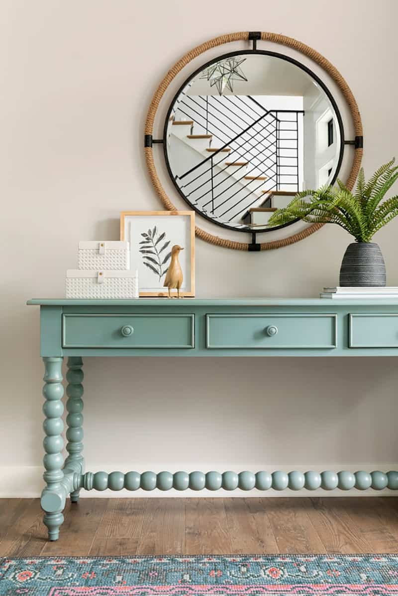 summer-lake-home-entry-console