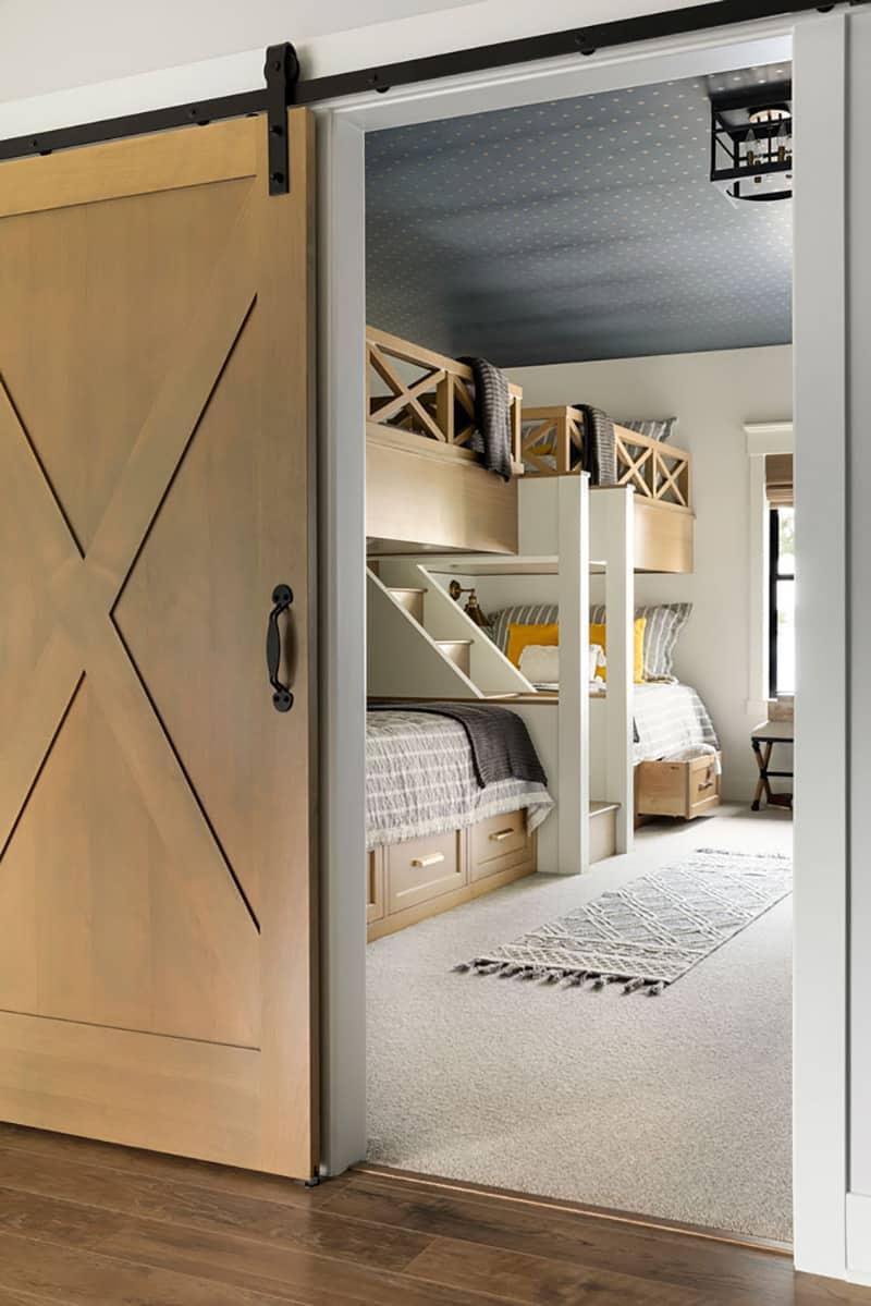 contemporary-bunk-room-barn-door