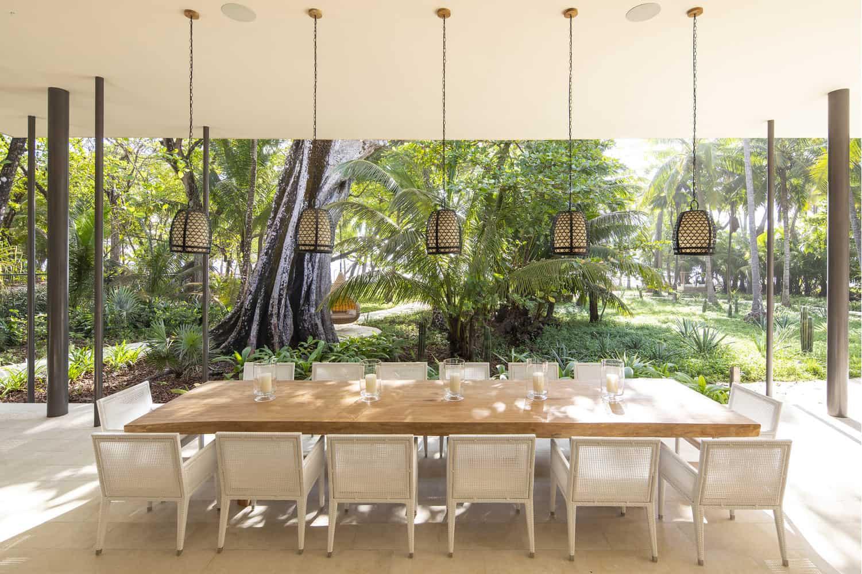 beach-house-open-air-dining-room