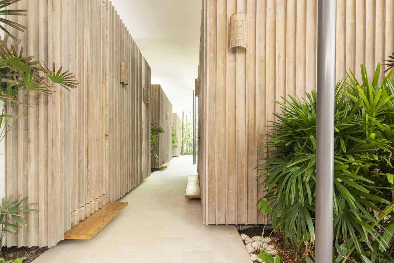 beach-house-hall