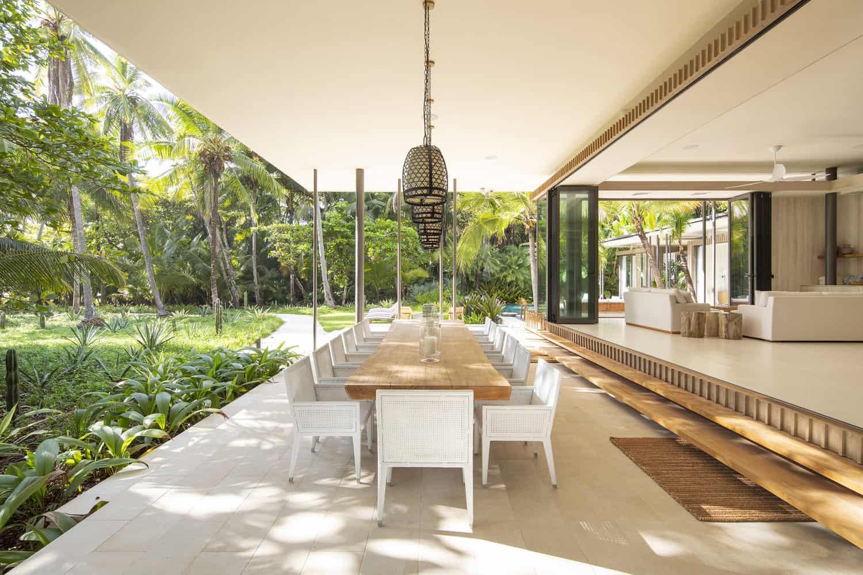 beach-house-open-airdining-room