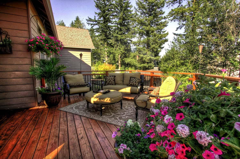 outdoor-living-sun-deck