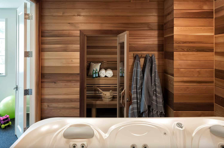 contemporary-hot-tub-and-sauna