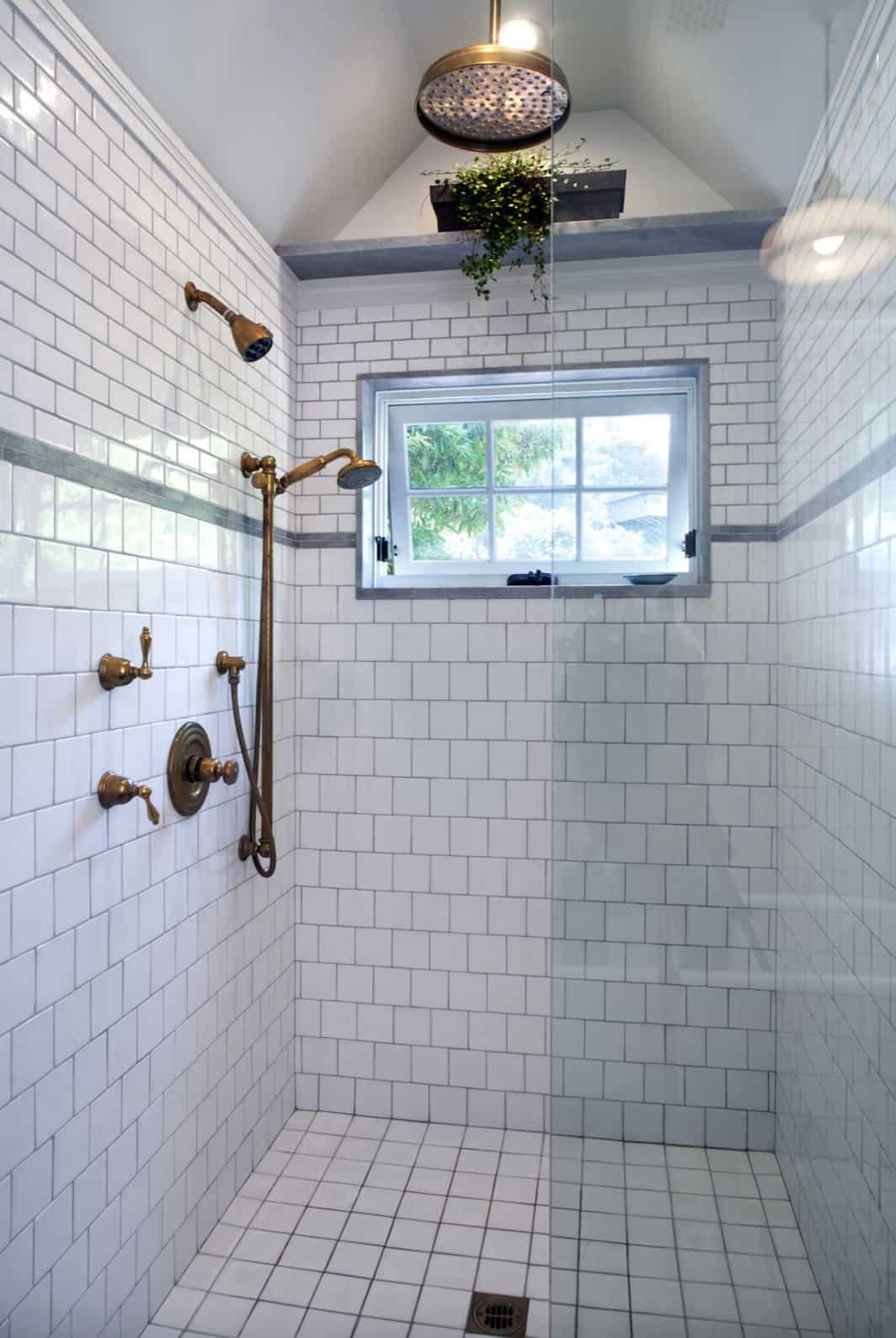 seoska kuća-kupaonica-tuš