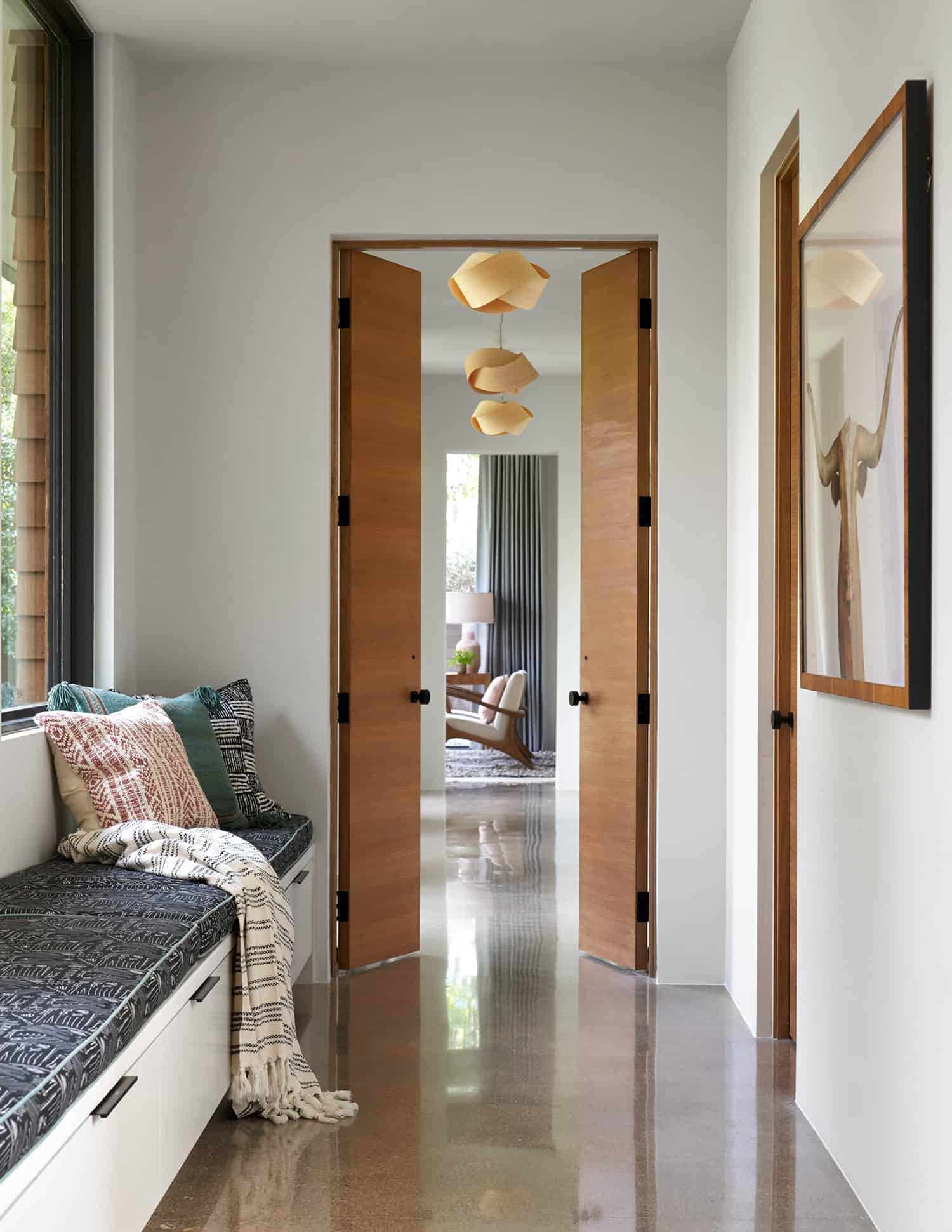 transitional-style-hall-built-in-window-seat