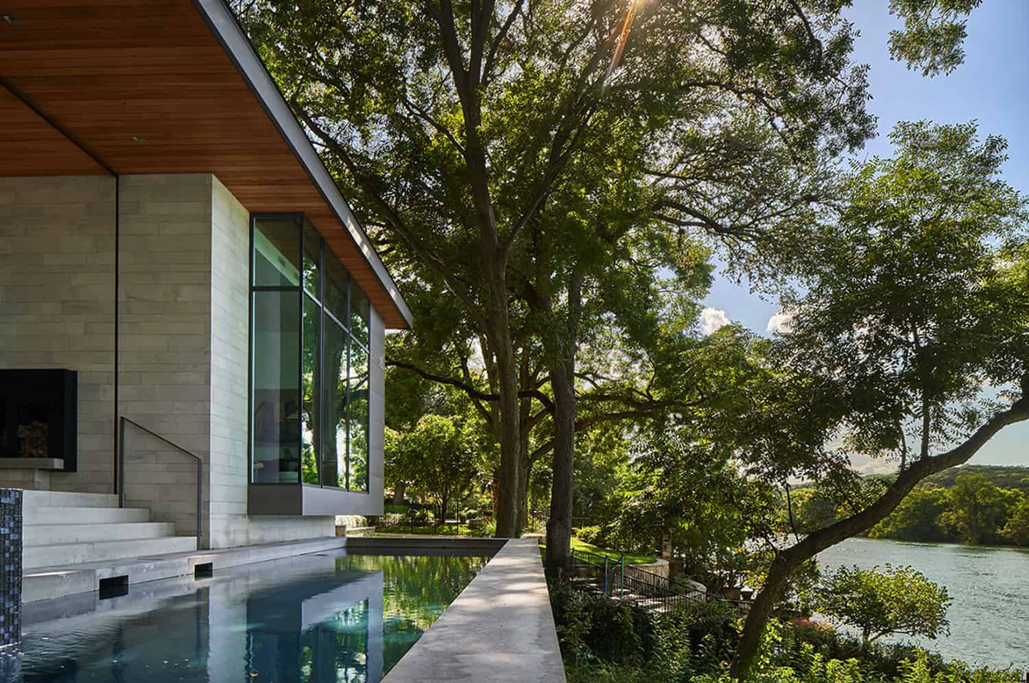 hill-country-contemporary-pool