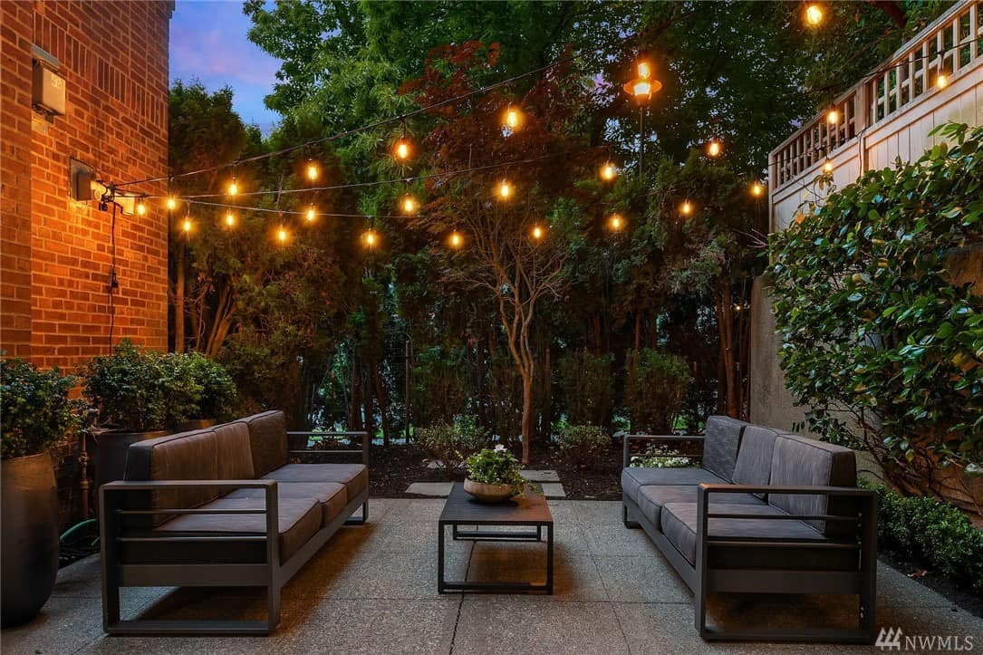 west-queen-anne-school-condo-patio