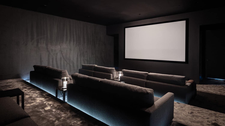 minimalističko-kućno kazalište
