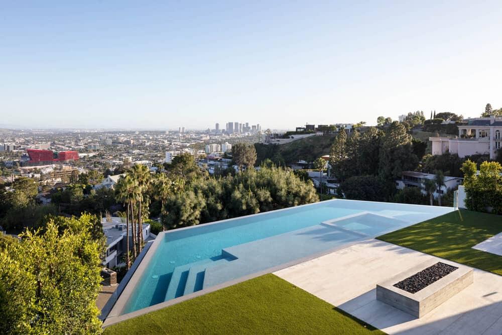 minimalistički-dom-bazen-bazen-zrak-pogled