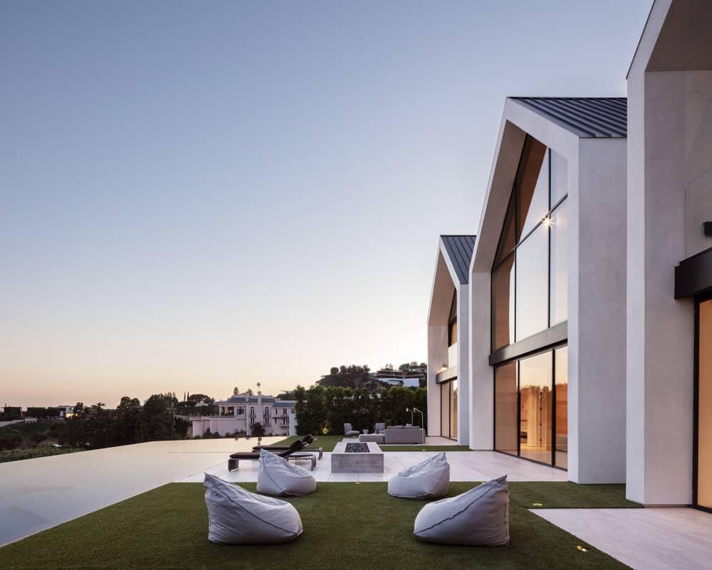 minimalistički-dom-bazen