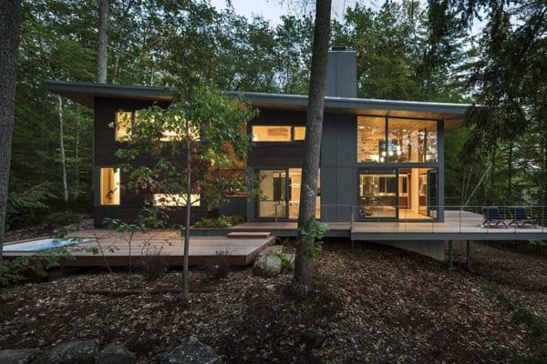 modern-cabin-retreat-exterior