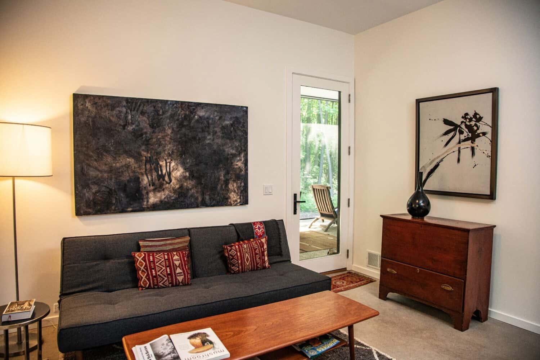 modern-bedroom-sitting-room
