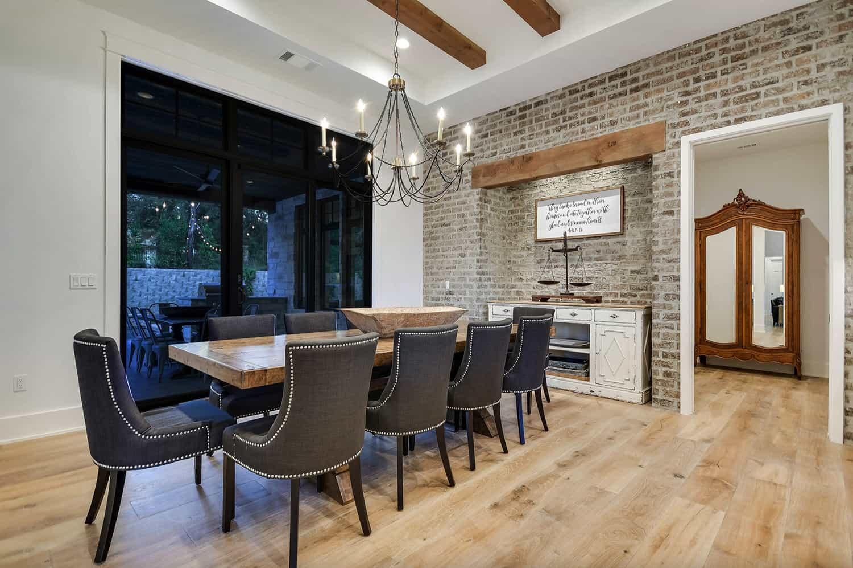 rustic-farmhouse-dining-room