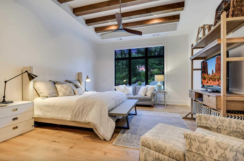 rustic-farmhouse-bedroom