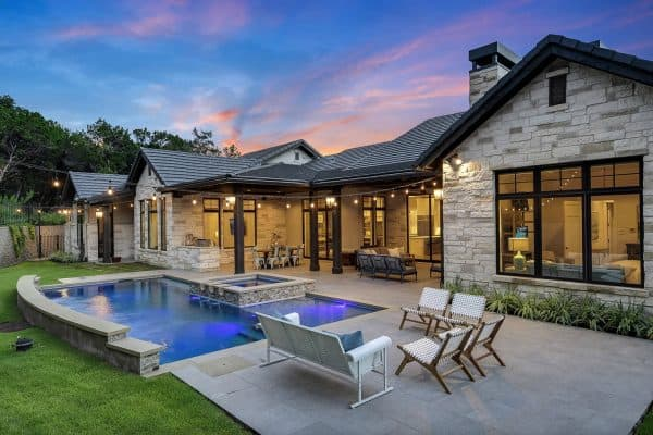 featured posts image for This stunning Texas farmhouse perfectly blends modern and rustic design