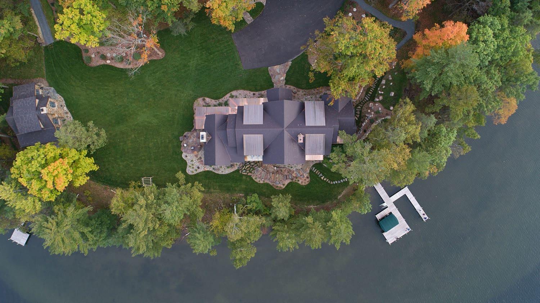 rustic-lake-house-retreat-exterior-aerial-view