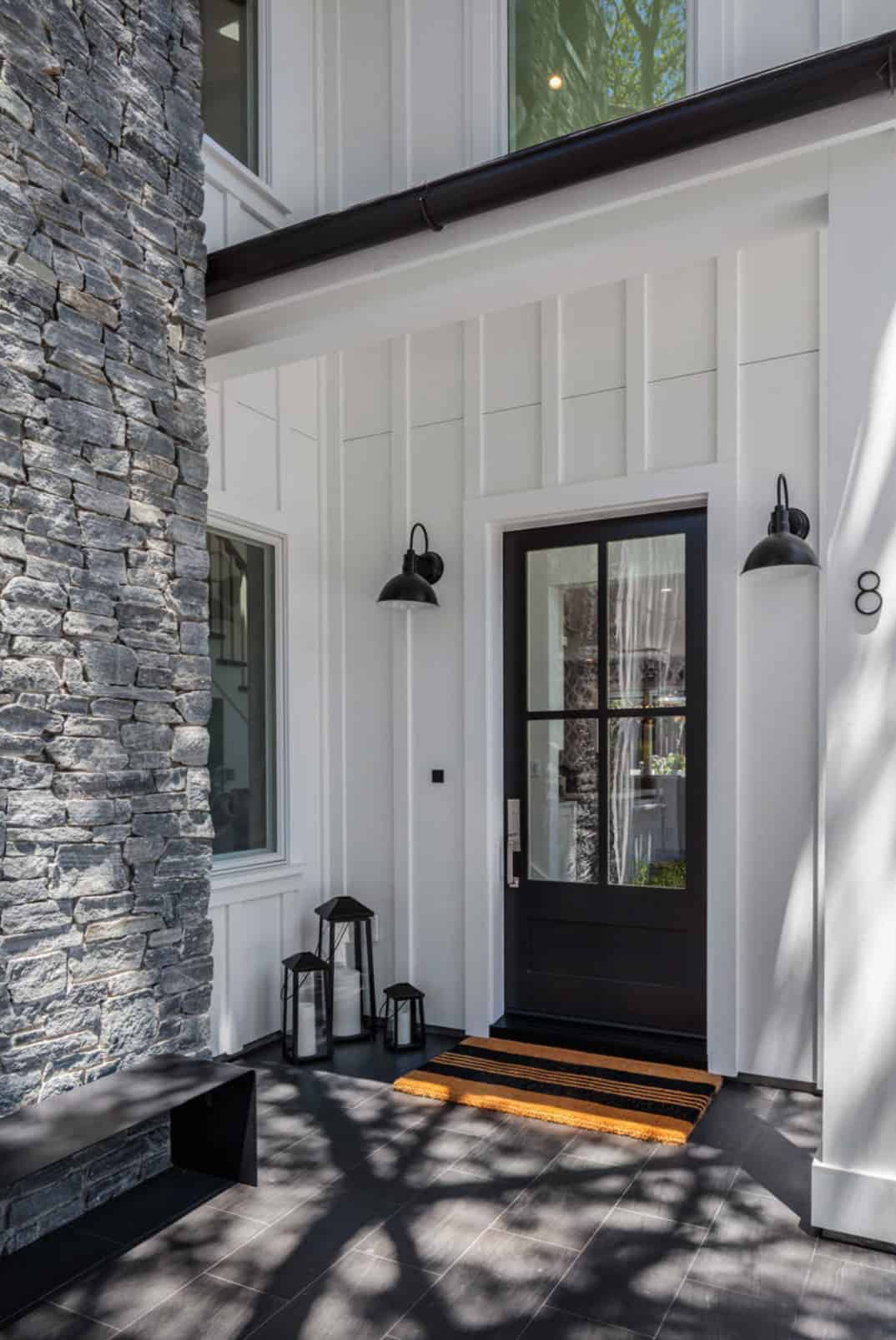 traditional-home-entry