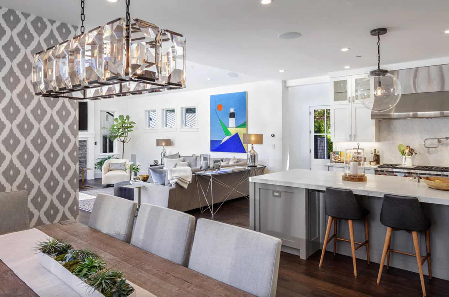 contemporary-home-open-plan-dining-kitchen-and-living-room