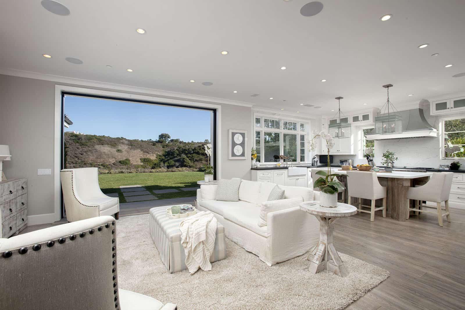 coastal-home-living-room