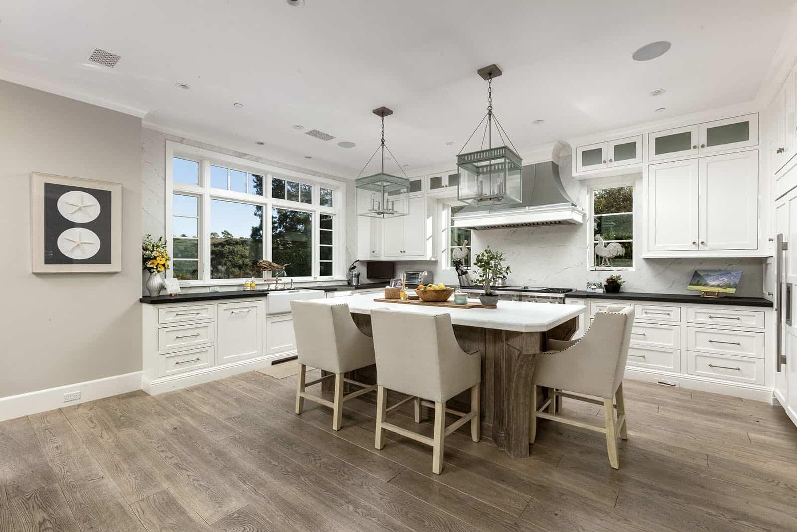 coastal-home-kitchen