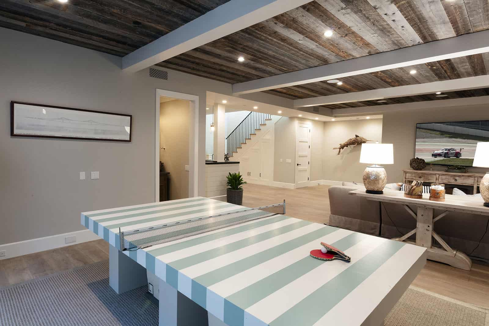 beach-style-basement-ping-pong-table