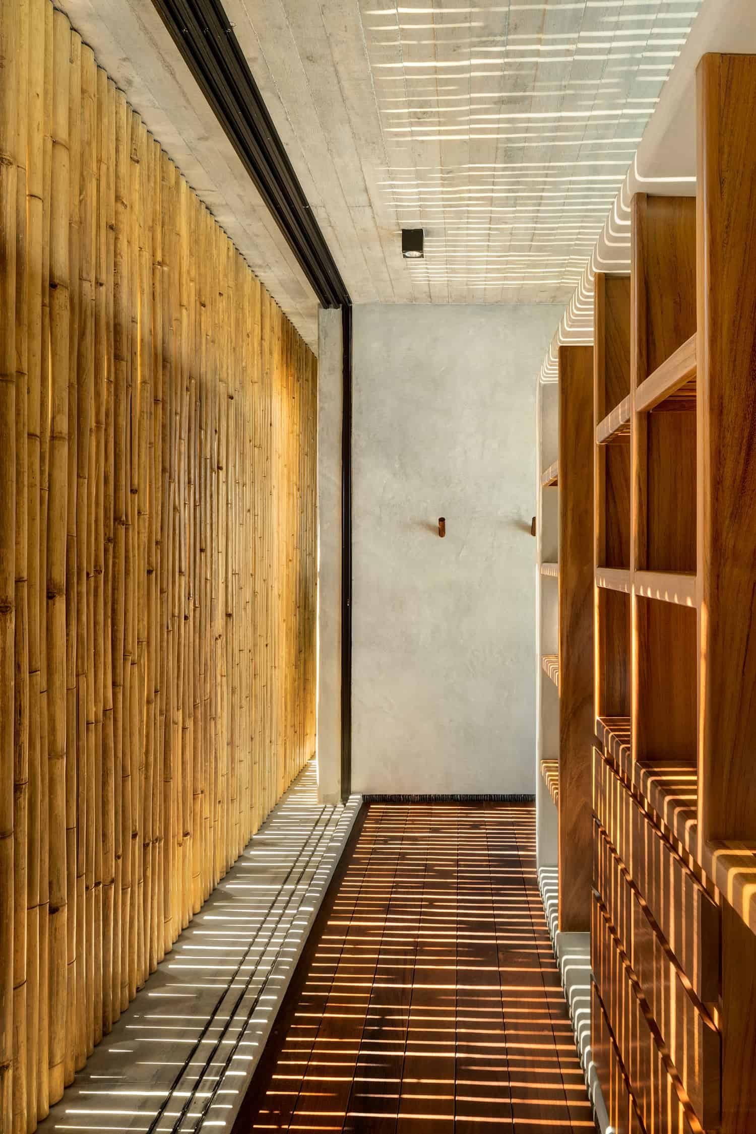 tropical-minimalist-hall