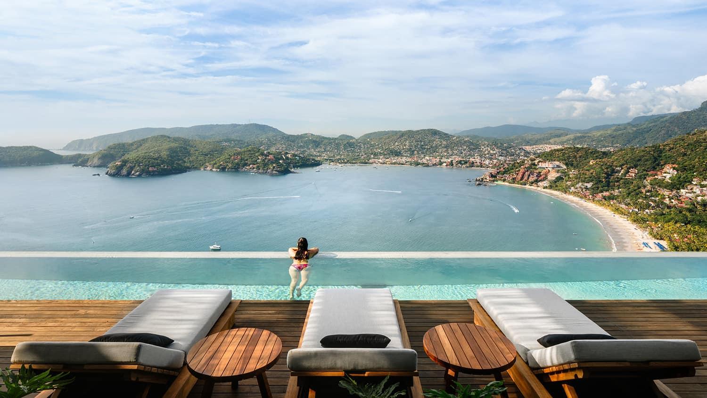tropical-minimalist-swimming-pool