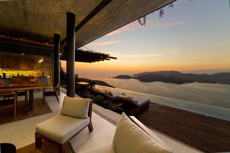 tropical-minimalist-bedroom-private-balcony