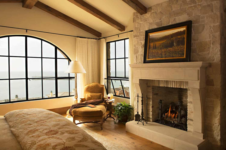 tuscan-villa-bedroom