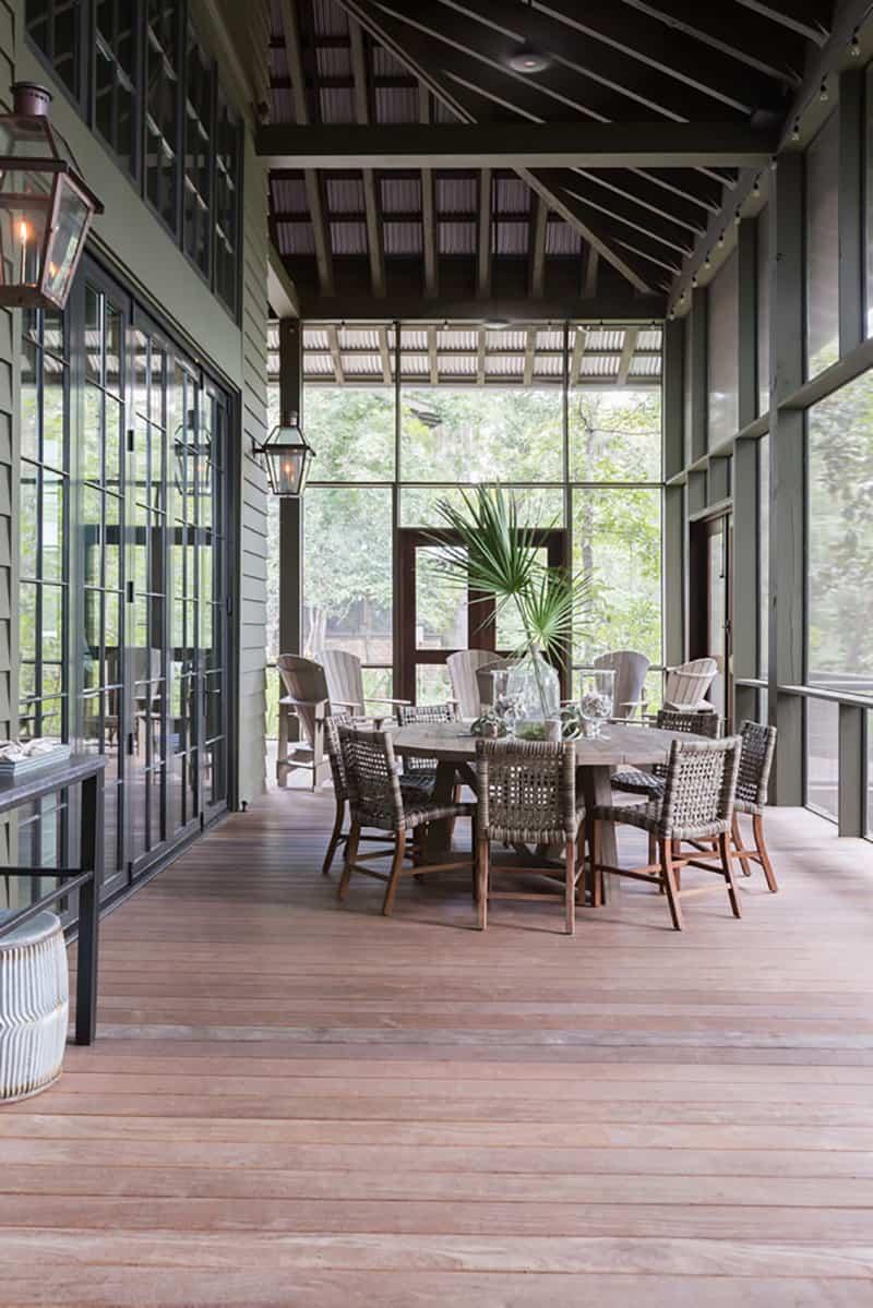 rustic-screened-porch