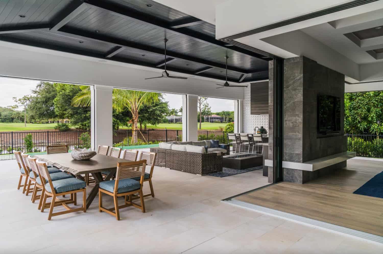 coastal-style-covered-patio