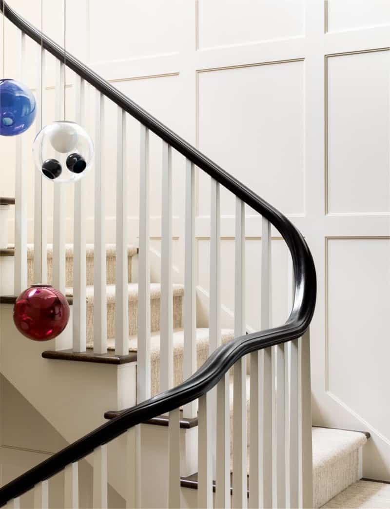 colonial-revival-staircase