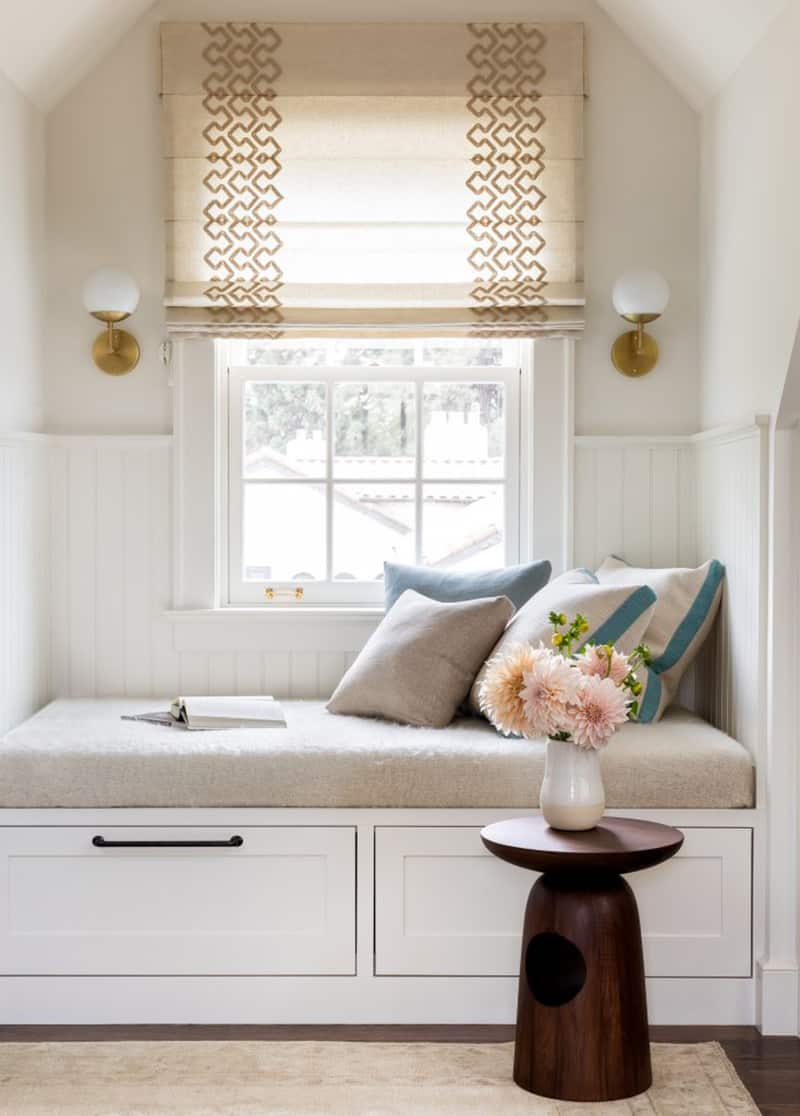 colonial-revival-window-seat