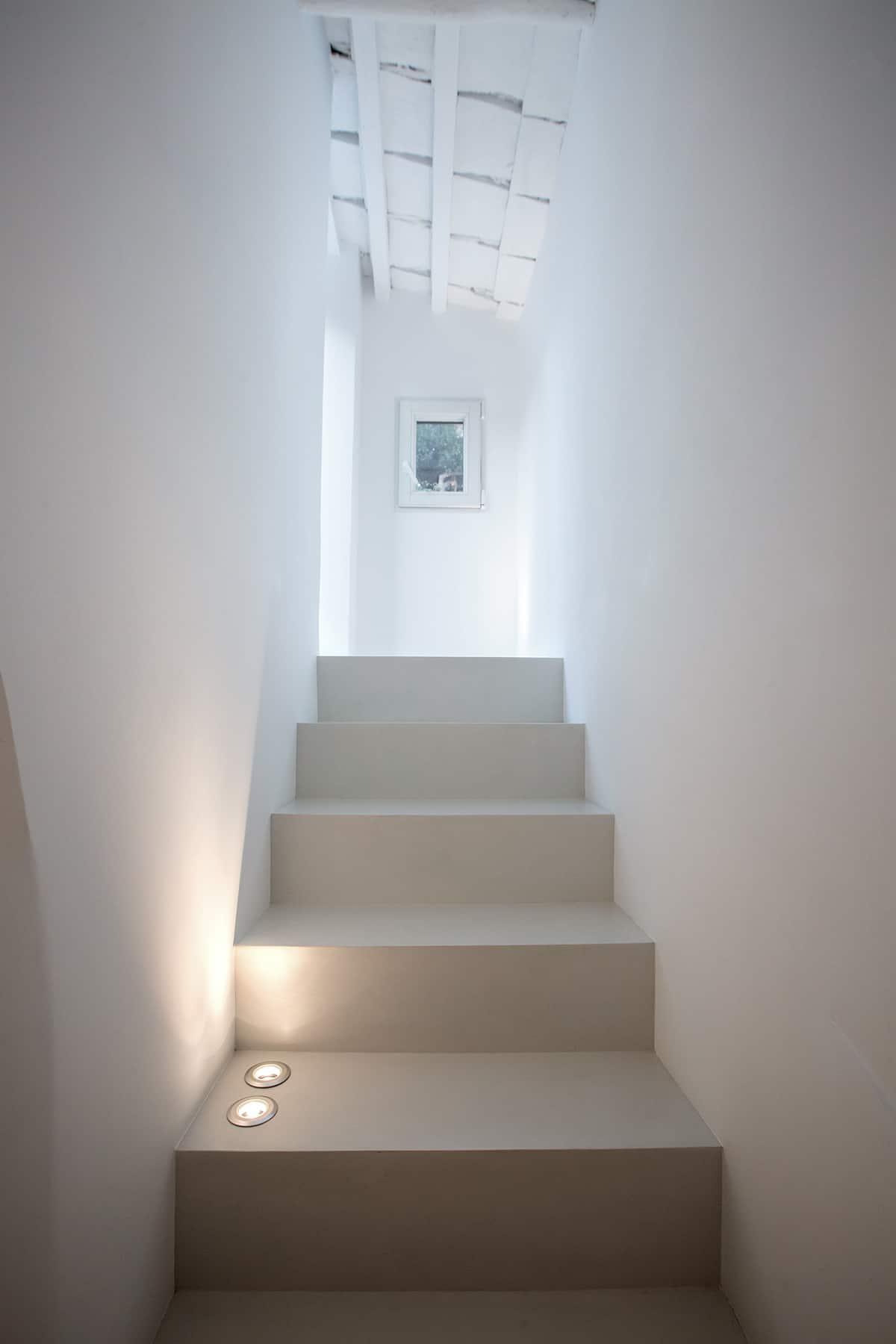 suvremeni-stan-stubište