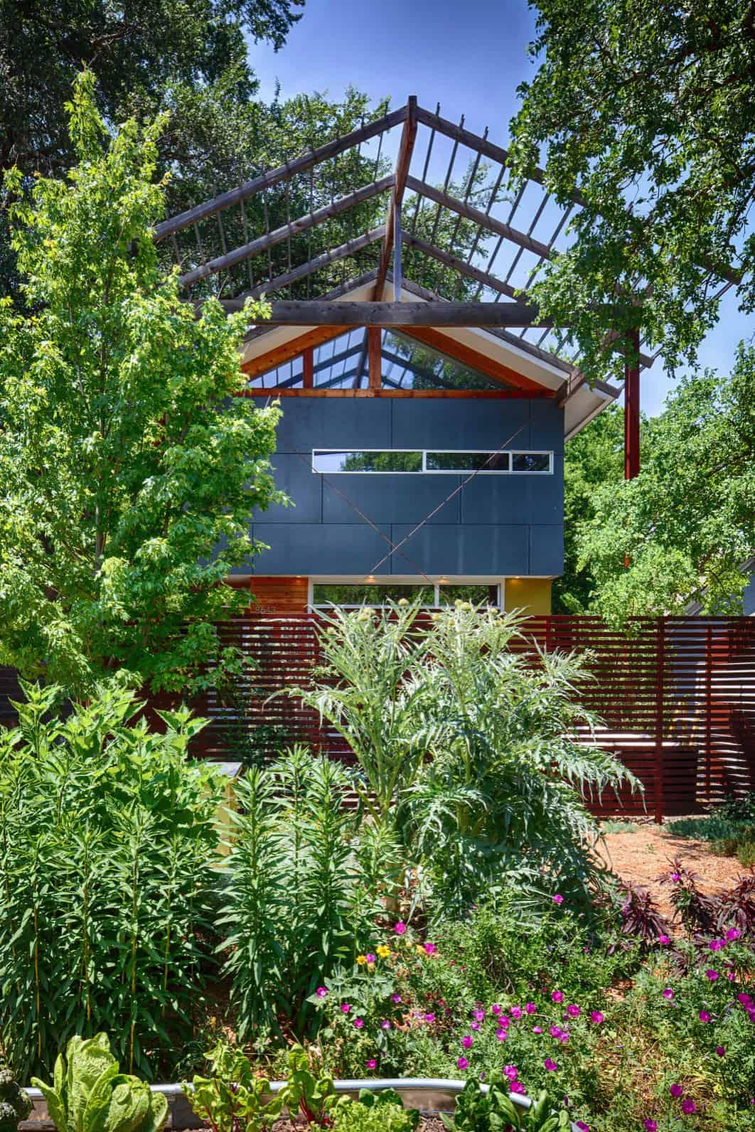 contemporary-home-garden
