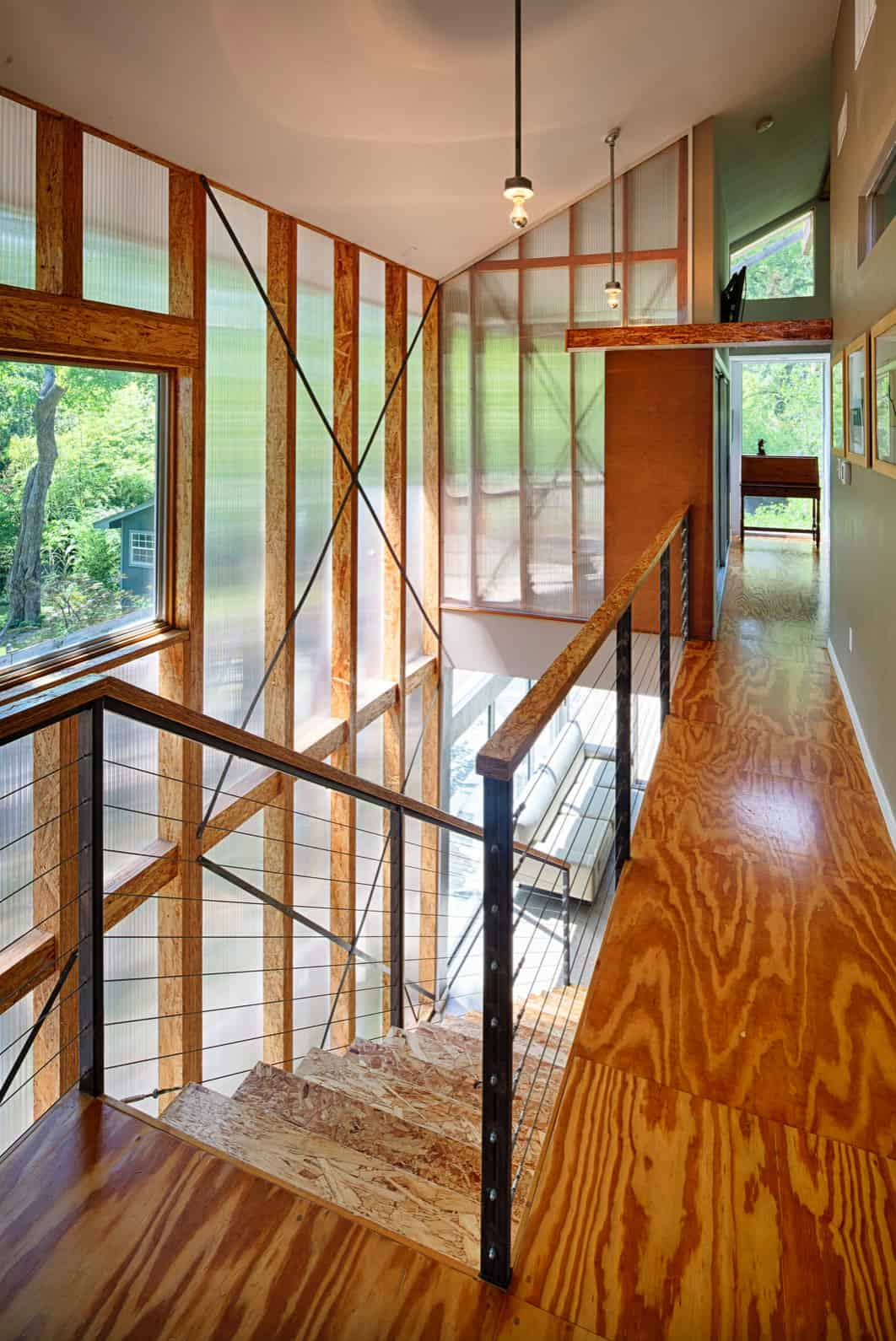 contemporary-staircase-upstairs-landing