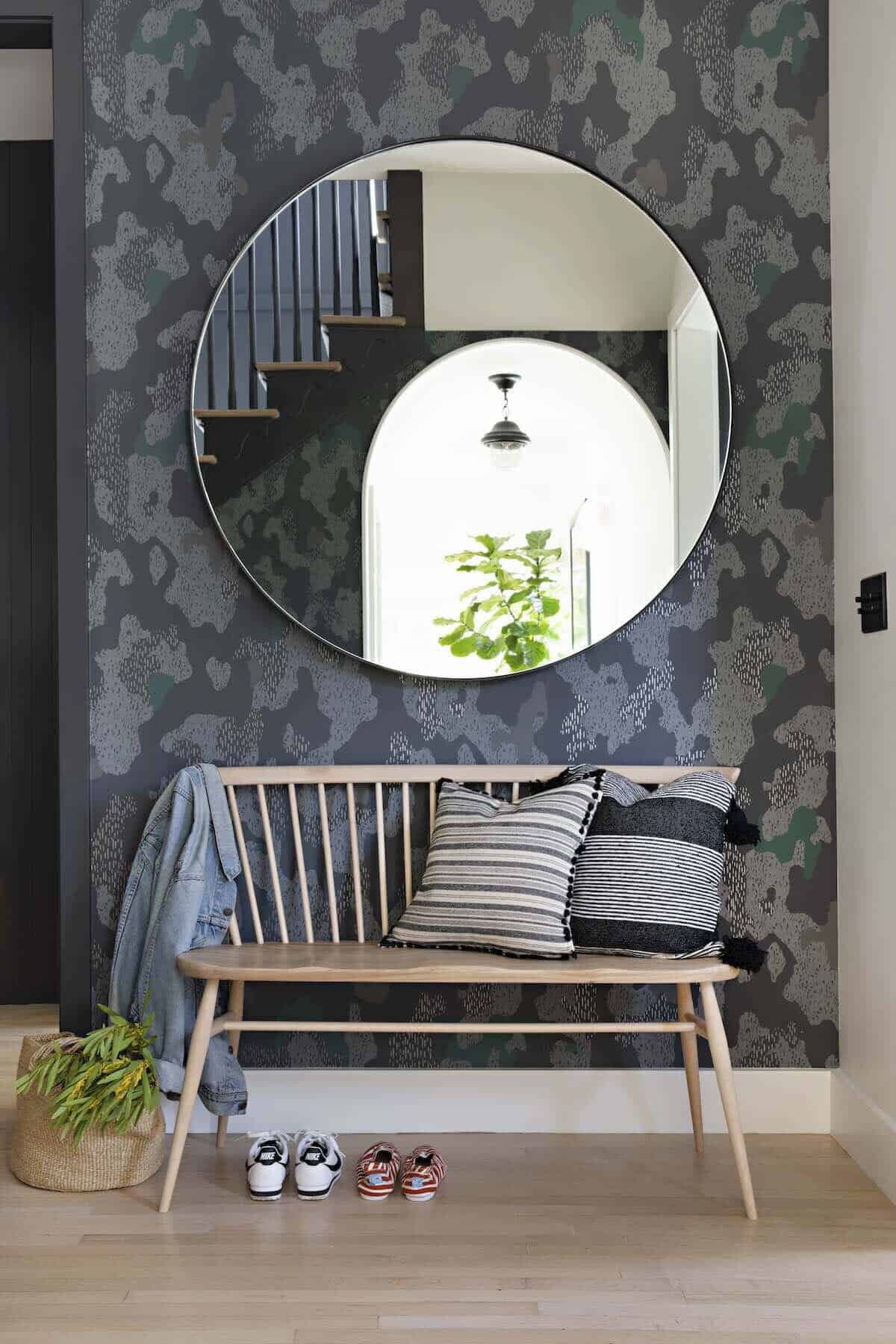 farmhouse-entry-with-camouflage-wallpaper