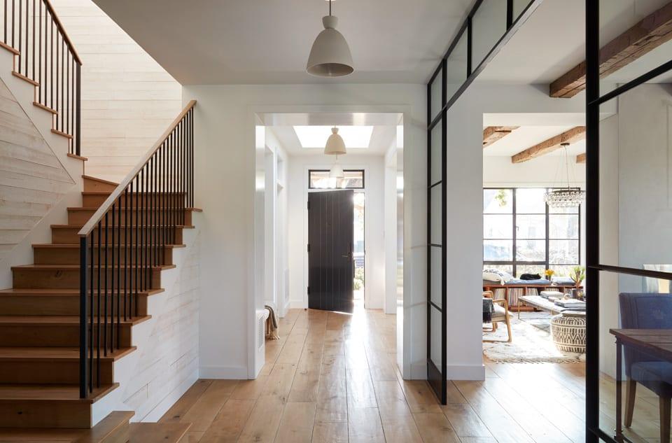 urban-farmhouse-entry