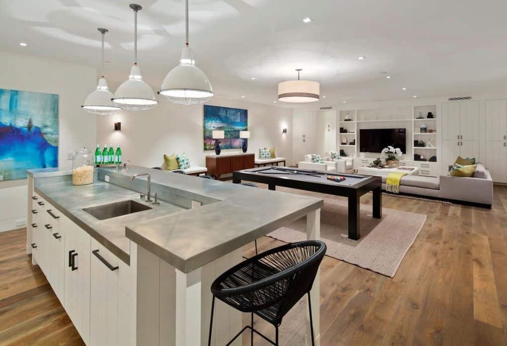 contemporary-home-bar-family-room