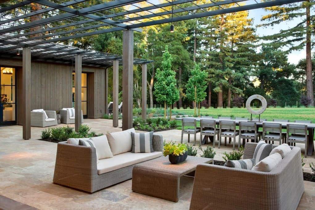 contemporary-patio-with-a-pergola