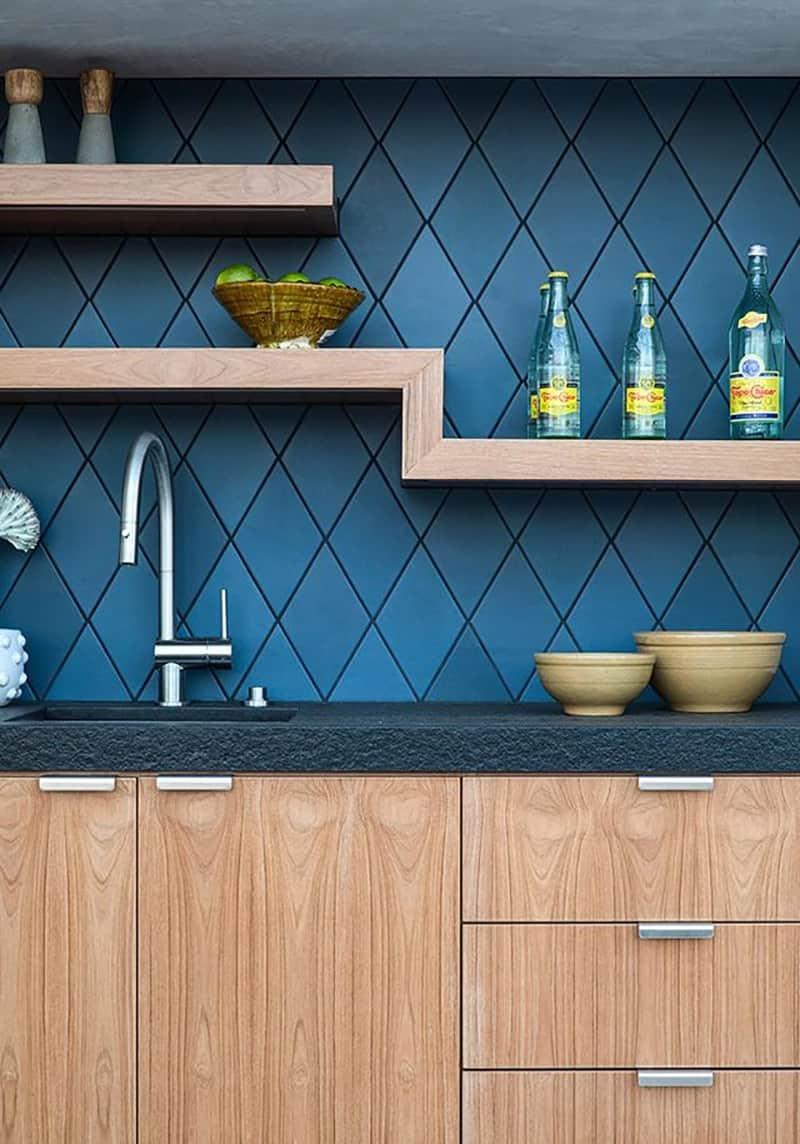 mid-century-modern-deck-home-bar