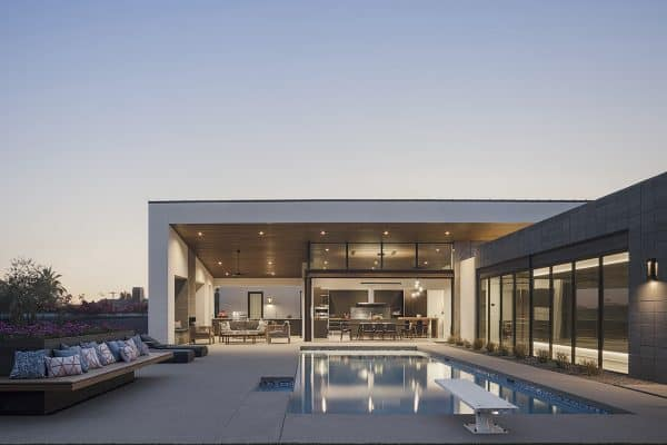 featured posts image for This amazing modern desert home frames views of Camelback Mountain