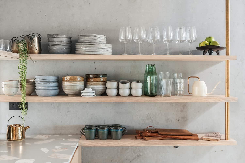 modern-Scandinavian-kitchen-open-shelves