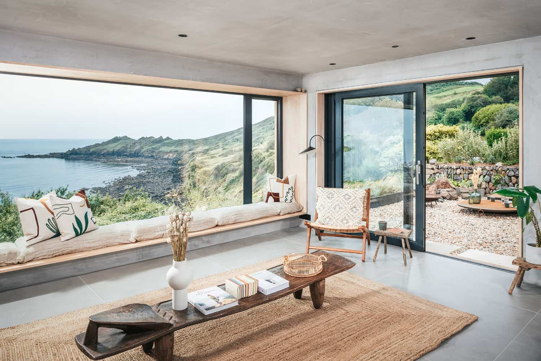 modern-Scandinavian-living-room