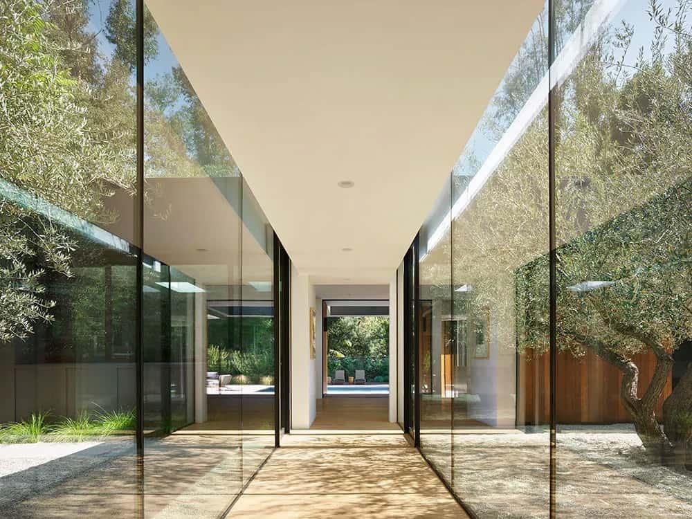 moderna-kuća-staklo-zatvorena-dvorana