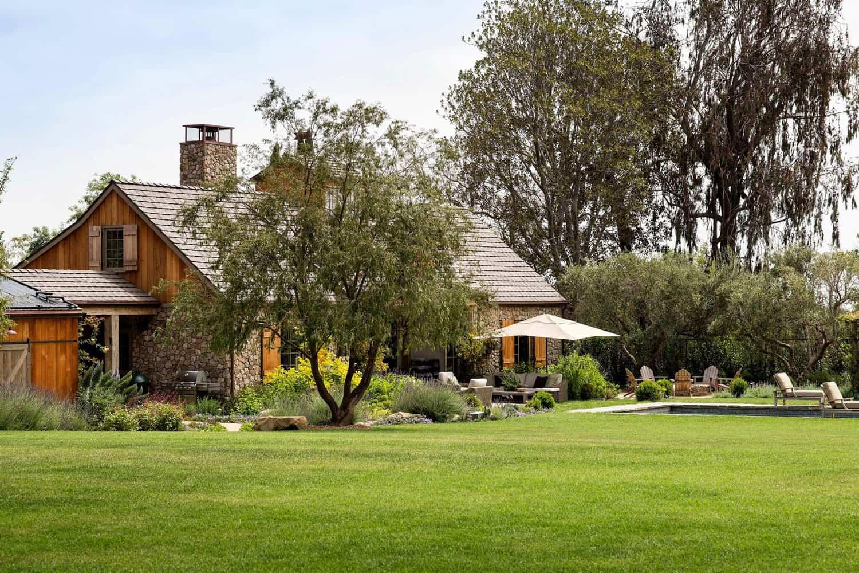 stone-farmhouse-exterior