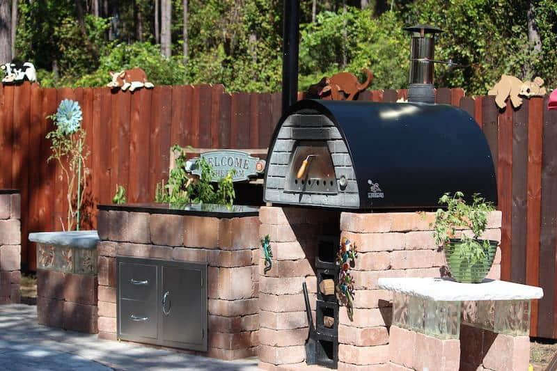 outdoor-pizza-oven