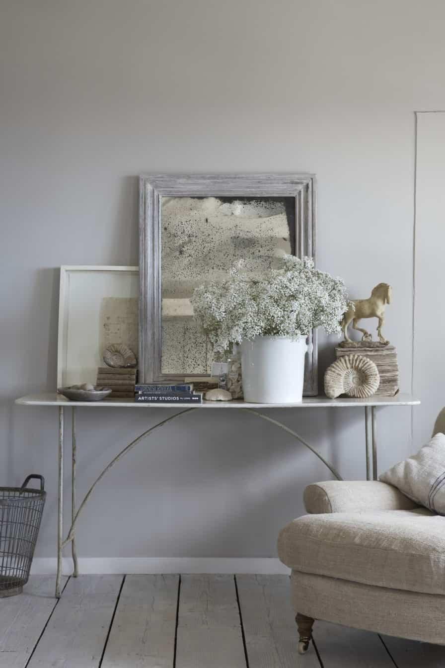 seaside-cottage-retreat-living-room
