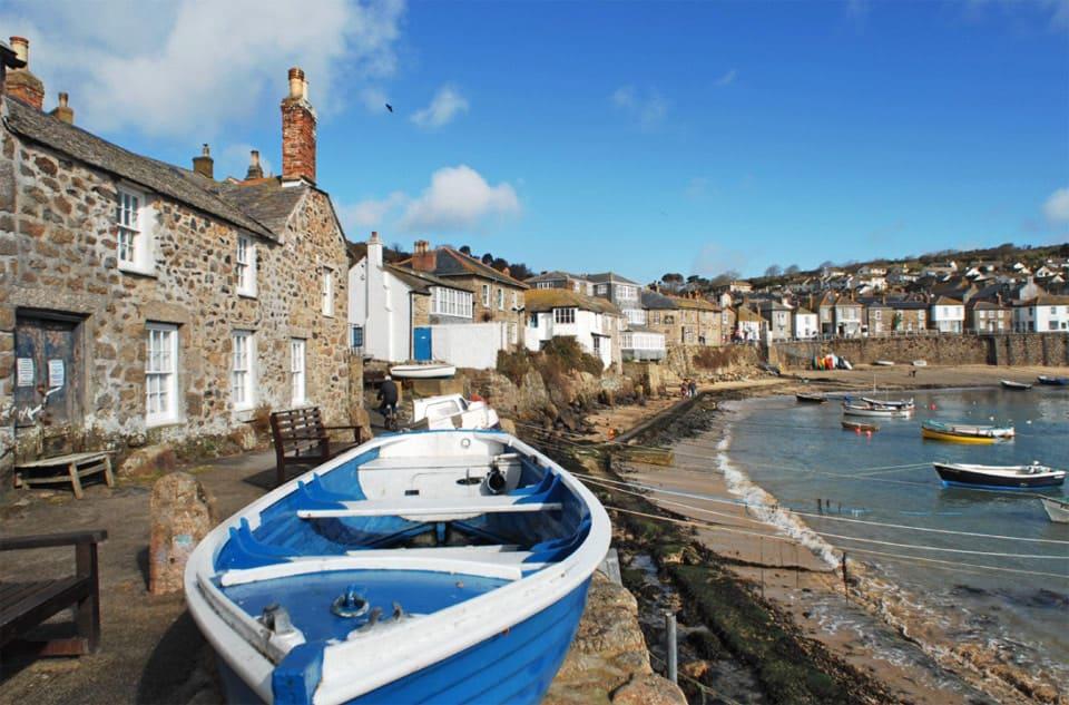 weather-beaten-fishermans-cottage-exterior
