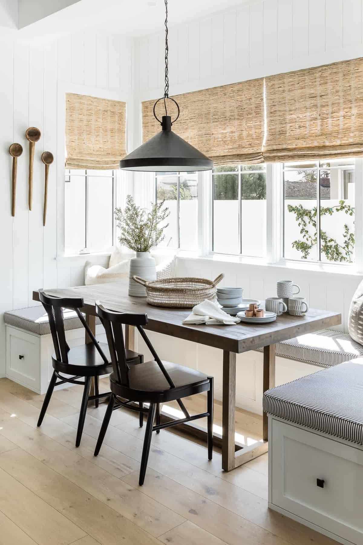 modern-dining-breakfast-nook